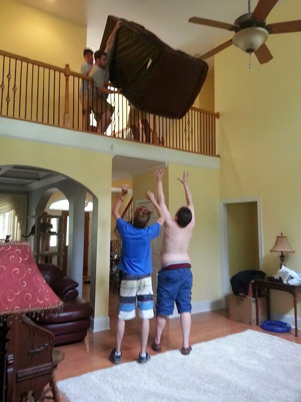 funny-photos-men-safety-fails-10__605