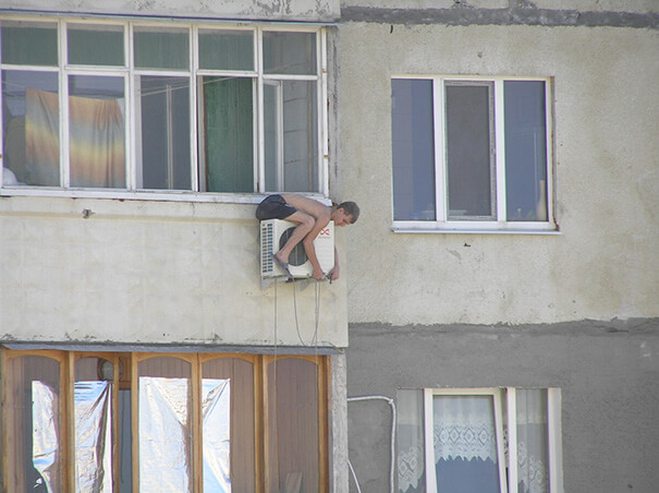 funny-photos-men-safety-fails-16__605
