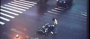Kung Fu Biker Wins In A Traffic Accident